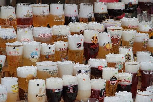 Pahare de bere pline