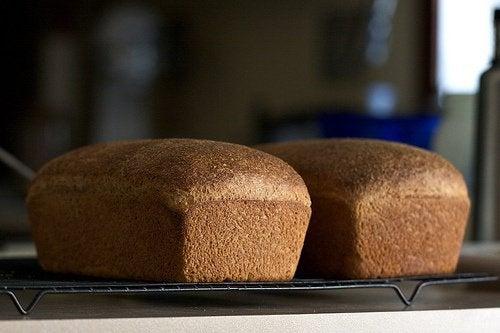 Consumă pâine integrală pentru vindecarea psoriazisului