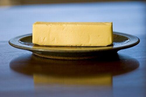 Untul pe lista de alimente și  suplimente împotriva pielii uscate