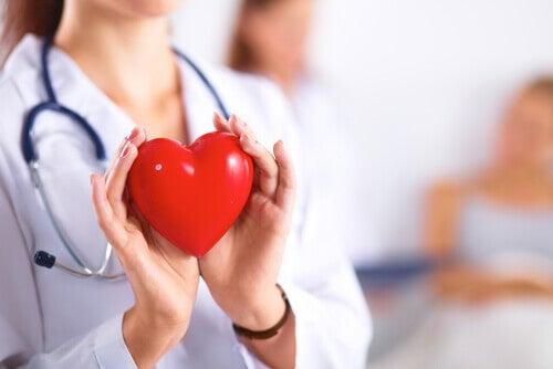 Simptome ale menopauzei: schimbări ale ritmului cardiac