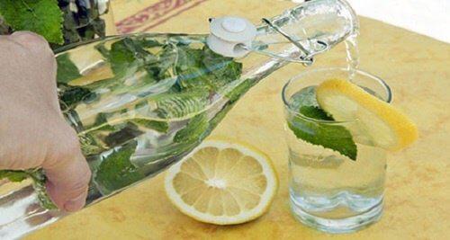 5 băuturi pentru a reduce colesterolul rău
