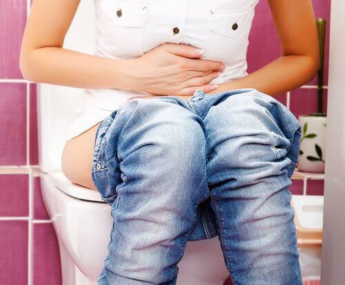 Constipația poate fi tratată cu remedii naturale