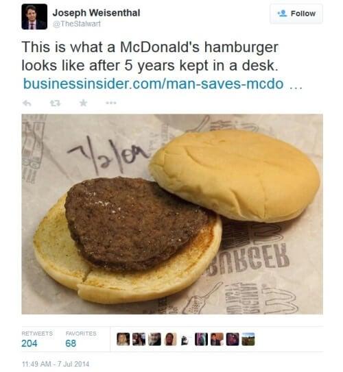 Un hamburger vechi de 5 ani arată încă foarte bine