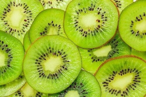 Kiwi printre cele mai sănătoase fructe