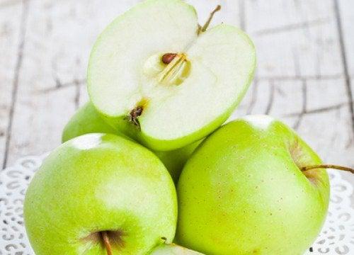 Merele verzi ajută la detoxificarea intestinelor