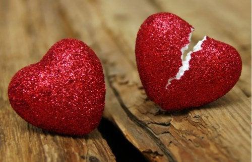Un partener infidel te poate lăsa cu inima frântă