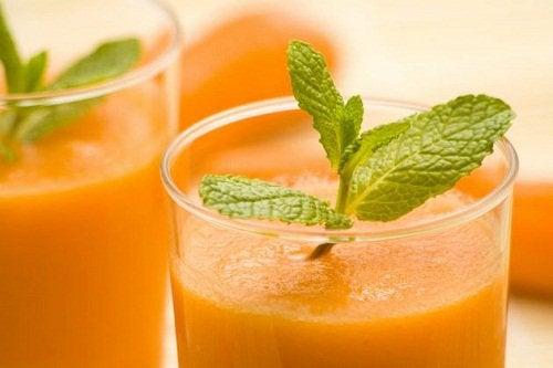 Smoothie de morcovi pentru detoxificarea intestinelor