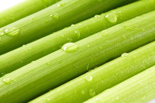 Țelina este unul dintre acele alimente care scad tensiunea arterială
