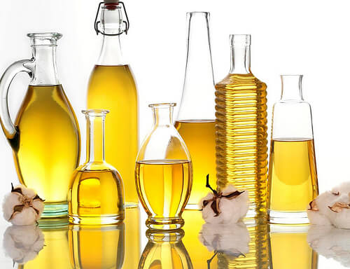 Trucuri pentru a reduce bărbia dublă cu uleiuri esențiale