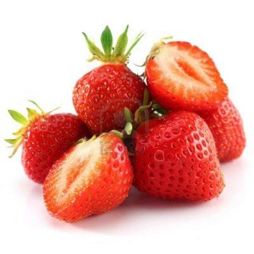 Căpșunile ajută la prevenirea acumulării de acid uric