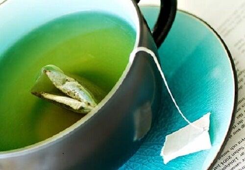 Cană de ceai verde