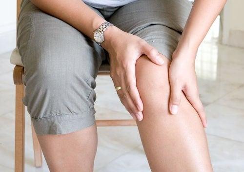 Remediile naturale stimulează circulația în picioare