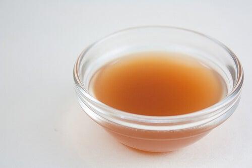 Oțetul de mere se numără printre cele mai bune analgezice naturale