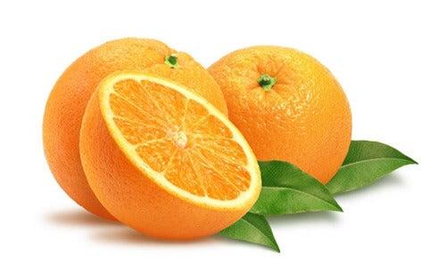 Portocalele elimină petele pielii