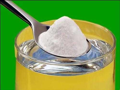 Ulei de ricin si bicarbonat de sodiu pentru negi