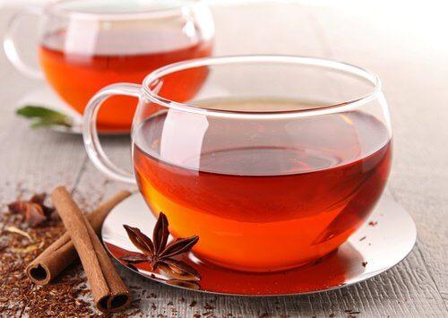 Ceaiul de scorțișoară tratează gazele intestinale