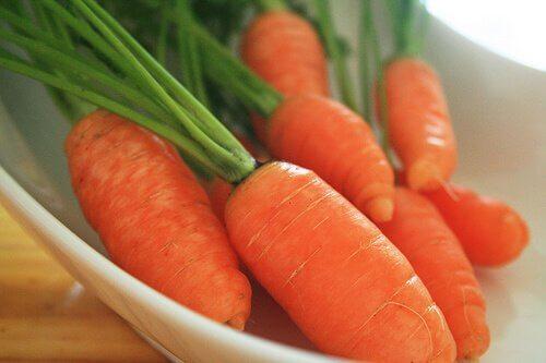 Morcovi pentru a prepara săpun de casă natural