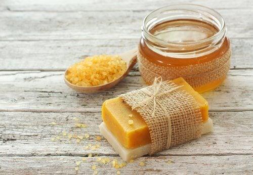 Săpun de casă cu miere 100% natural