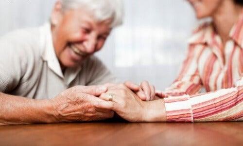 Sindromul de stres al îngrijitorului apare când îngrijim o rudă bolnavă
