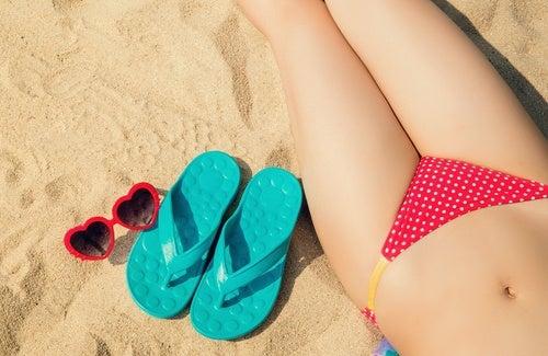 Albirea pielii din zona inghinală pentru mersul la plajă