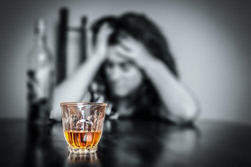 Alcoolismul afectează glanda tiroidă