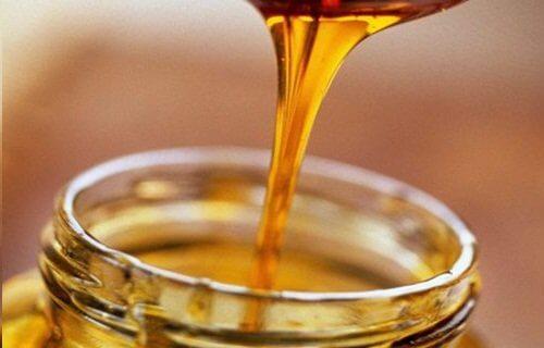 Și mierea se numără printre cele mai eficiente antibiotice naturale