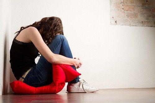 Anxietatea este strâns legată de emoțiile reprimate