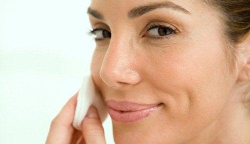 Beneficii ale usturoiului pentru piele