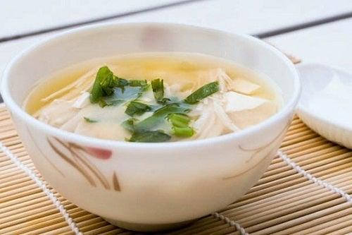 Dieta japoneză pentru slăbit cu supă miso