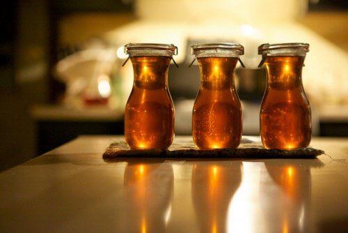 Rozmarinul și mierea sunt o combinație minunată