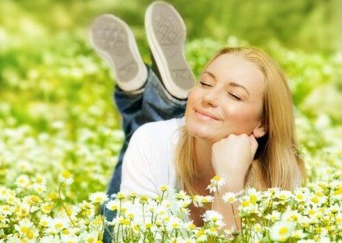 Stima de sine este strâns legată de fericire