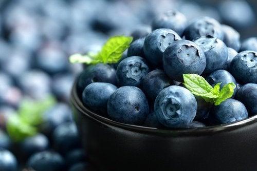 Afinele sunt fructe bogate în iod