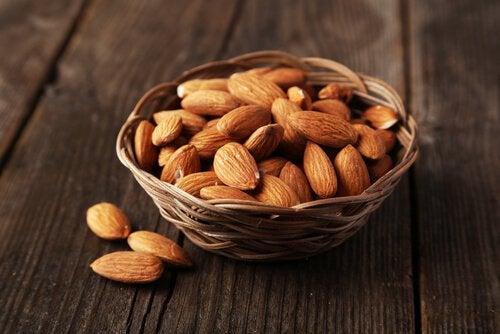 Alimente benefice pentru glanda tiroidă cu multe vitamine