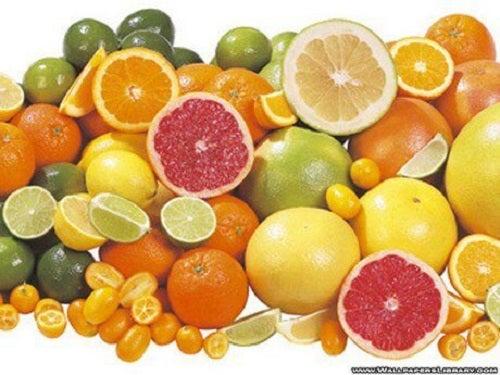 Fructe citrice feliate