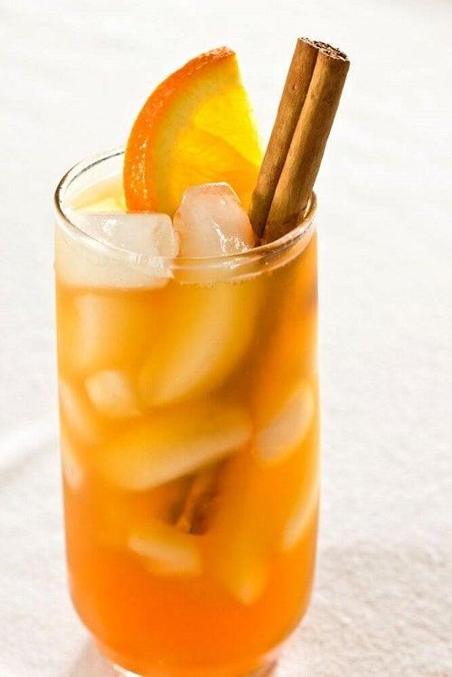 Cojile de portocală pot fi utilizate pentru a prepara un ceai