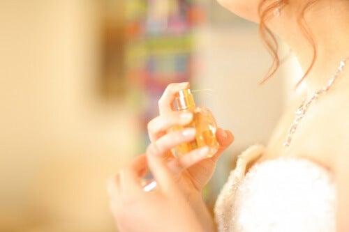 Cum să alegi parfumul în funcție de intensitate