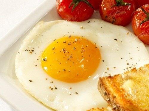 Ouăle sunt ideale pentru micul dejun