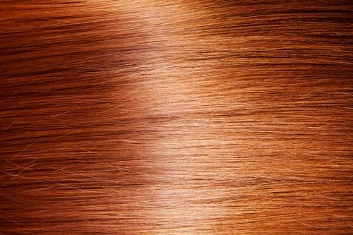 Cum să ai un păr strălucitor în mod natural