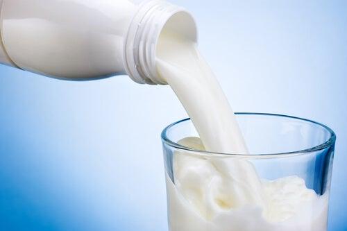 Remedii naturale pentru durerile articulare care nu conțin lapte