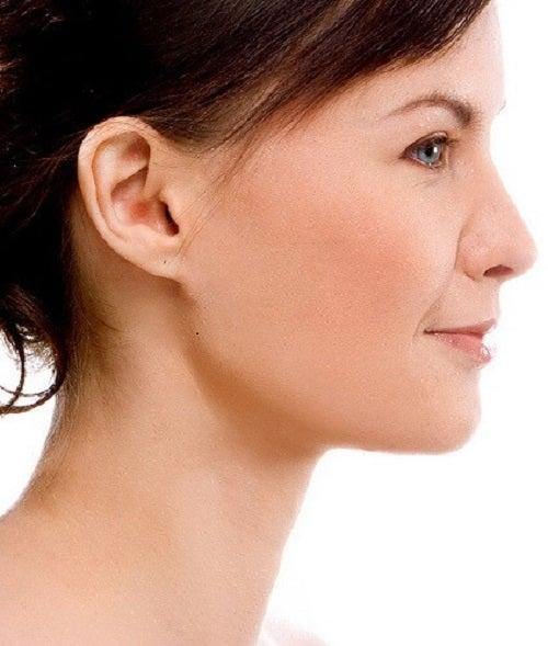 Usturoiul este benefic pentru piele