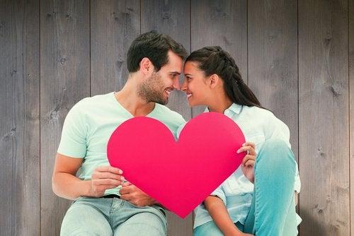 Îmbrățișările îți scad riscul de a suferi un infarct