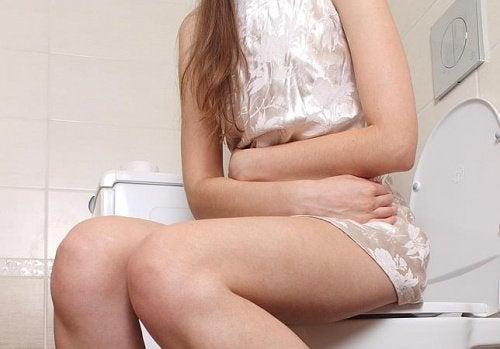 Apa fierbinte este benefică pentru tractul urinar