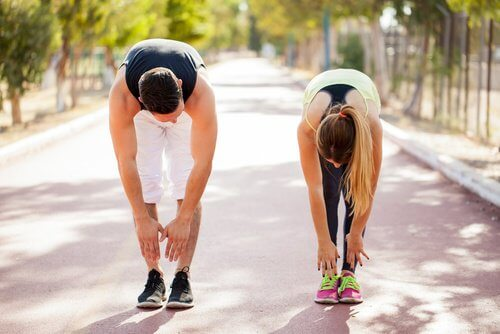 Ca să ameliorezi durerea sciatică, fă mai multă mișcare