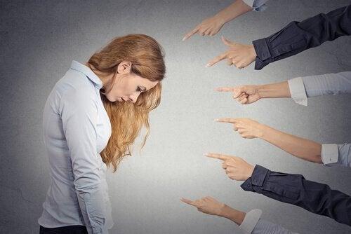 Pesimismul este dăunător deoarece îți afectează stima de sine