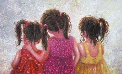 Prietenă și soră în copilărie
