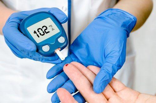 Reducerea riscului de diabet de tip doi este unul dintre beneficiile cafelei