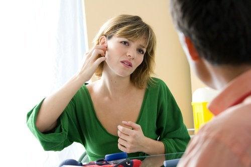 Remedii pentru otita externă și durerile de urechi