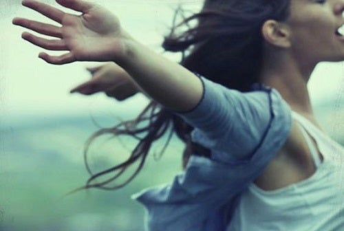 Trebuie să ai curaj ca să alegi singurătatea