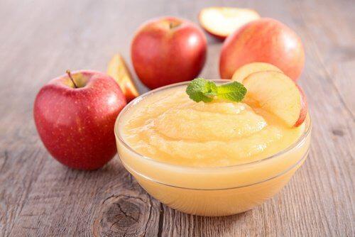 Sosul de mere este benefic pentru sănătate