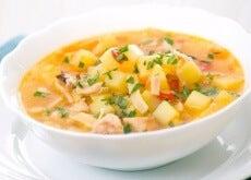 Supa este o mâncare hrănitoare